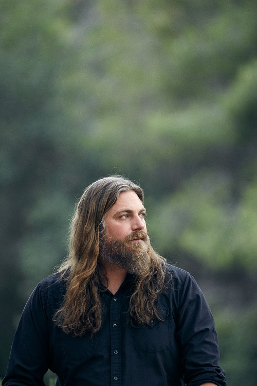 rTHE WHITE BUFFALO-0830-1a
